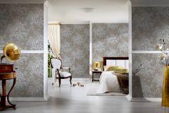 30657-4 cikkszámú tapéta.Barokk-klasszikus,csillámos,különleges felületű,különleges motívumos,rajzolt,valódi textil,virágmintás,barna,ezüst,fehér,vlies tapéta