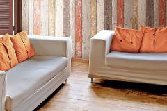 8951-27 cikkszámú tapéta.3d hatású,csíkos,fa hatású-fa mintás,különleges felületű,barna,bézs-drapp,piros-bordó,szürke,vajszín,súrolható,illesztés mentes,vlies tapéta