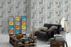 95950-3 cikkszámú tapéta.Fa hatású-fa mintás,feliratos-számos,különleges felületű,kék,szürke,gyengén mosható,papír tapéta