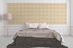 34391-5 cikkszámú tapéta.Barokk-klasszikus,különleges felületű,különleges motívumos,metál-fényes,rajzolt,virágmintás,arany,lila,narancs-terrakotta,pink-rózsaszín,vajszín,súrolható,vlies tapéta