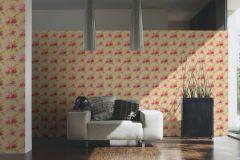 34508-2 cikkszámú tapéta.Barokk-klasszikus,különleges felületű,különleges motívumos,rajzolt,természeti mintás,textilmintás,virágmintás,bézs-drapp,lila,pink-rózsaszín,sárga,zöld,súrolható,vlies tapéta