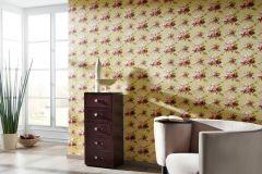 34508-4 cikkszámú tapéta.Barokk-klasszikus,különleges felületű,különleges motívumos,rajzolt,természeti mintás,textilmintás,virágmintás,bézs-drapp,fehér,lila,pink-rózsaszín,piros-bordó,sárga,zöld,súrolható,vlies tapéta