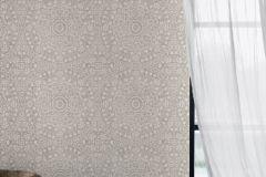 6465 cikkszámú tapéta.Különleges felületű,különleges motívumos,metál-fényes,bézs-drapp,ezüst,szürke,lemosható,vlies tapéta