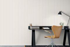 6883 cikkszámú tapéta.Csíkos,különleges felületű,bézs-drapp,fehér,lemosható,illesztés mentes,vlies tapéta