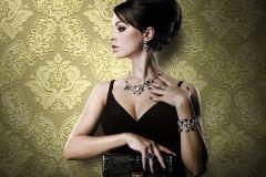 BL1001-3 cikkszámú tapéta.Barokk-klasszikus,különleges felületű,arany,lemosható,vlies tapéta