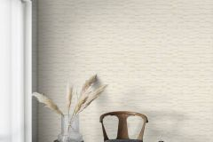 4565 cikkszámú tapéta.Absztrakt,különleges felületű,metál-fényes,bézs-drapp,fehér,lemosható,vlies tapéta