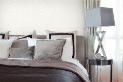 47011 cikkszámú tapéta.Barokk-klasszikus,különleges felületű,textil hatású,fehér,gyöngyház,lila,súrolható,vlies tapéta