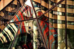 P151701-9 cikkszámú tapéta.3d hatású,absztrakt,geometriai mintás,különleges motívumos,retro,barna,bézs-drapp,fekete,kék,narancs-terrakotta,piros-bordó,gyengén mosható,vlies poszter, fotótapéta
