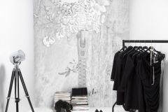 P140901-6 cikkszámú tapéta.Virágmintás,absztrakt,textilmintás,fehér,szürke,gyengén mosható,vlies poszter, fotótapéta