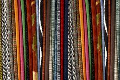 P141002-9 cikkszámú tapéta.Csíkos,fotórealisztikus,textilmintás,fehér,fekete,piros-bordó,pink-rózsaszín,narancs-terrakotta,zöld,gyengén mosható,vlies poszter, fotótapéta