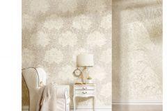 6720 cikkszámú tapéta.Barokk-klasszikus,különleges felületű,különleges motívumos,textil hatású,virágmintás,vajszín,súrolható,vlies tapéta