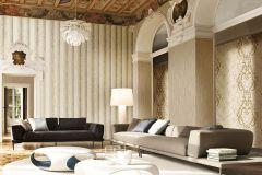 7111 cikkszámú tapéta.Barokk-klasszikus,különleges motívumos,természeti mintás,textil hatású,textilmintás,virágmintás,arany,bézs-drapp,ezüst,sárga,vajszínű,súrolható,vlies tapéta